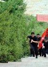 确山县公安局刑侦大队开展登山比赛活动
