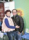 商天娥明年8月拍新剧 有意减产帮助老公生意_...