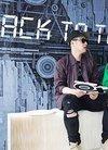 李晨、潘玮柏一同现身上海,为潮店举办揭幕活动