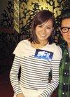 《高举爱》香港上映 江若琳杜汶泽出席谢票活动